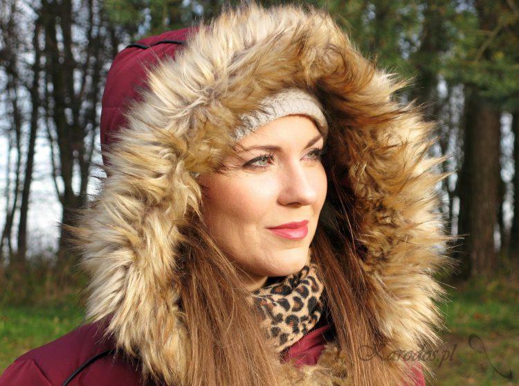 Dlaczego warto nosić czapkę zimą?