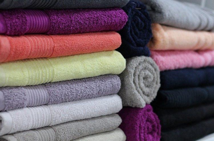 Jak często zmieniać pościel, ręczniki i piżamę?