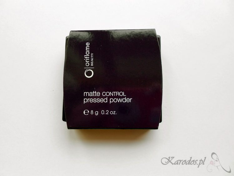 Oriflame, Matte Control Pressed Powder - Matujący puder prasowany (Light/Medium)