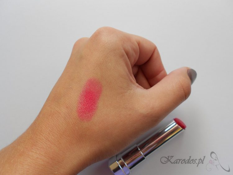 Maybelline, Color Whisper (nr 530 Who Wore It Red-er)