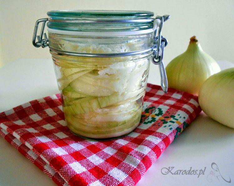 Syrop z cebuli na kaszel i przeziębienie