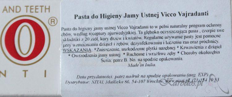 Pasty do zębów bez fluoru, czyli Ziołowa Vicco Vajradanti i Propolisowa Wybielająca Babuszki Agafii