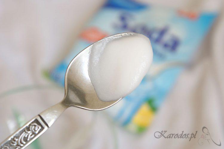 maseczka z sody i soli fizjologicznej