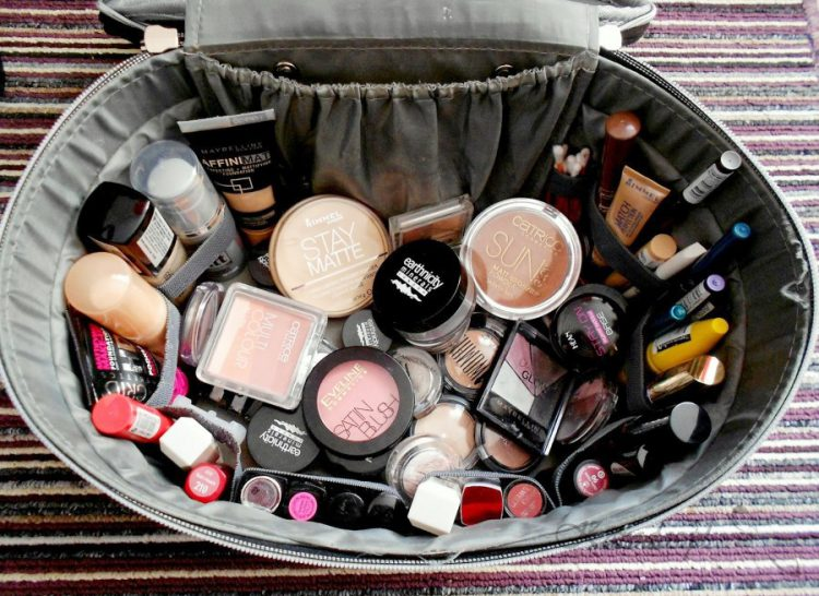 Moja kosmetyczka - czego używam do makijażu