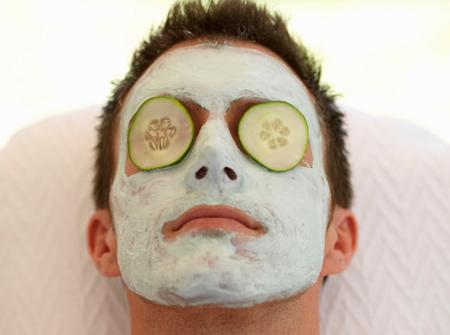 Pielęgnacja twarzy mężczyzn