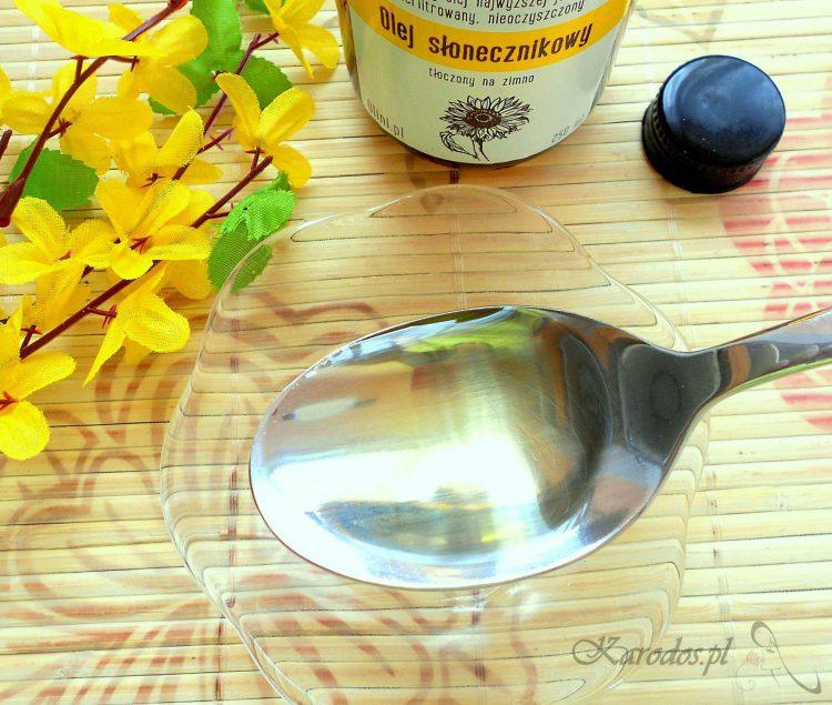 plukanie ust olejem slonecznikowym